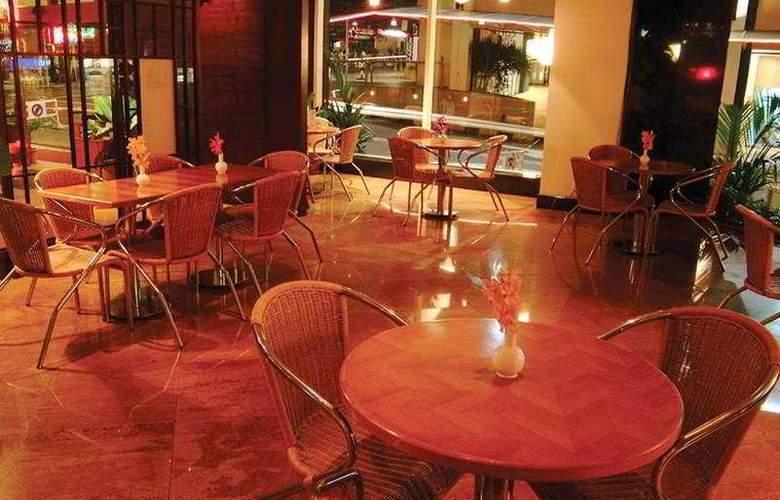 Capitol Hotel Kuala Lumpur - Bar - 5