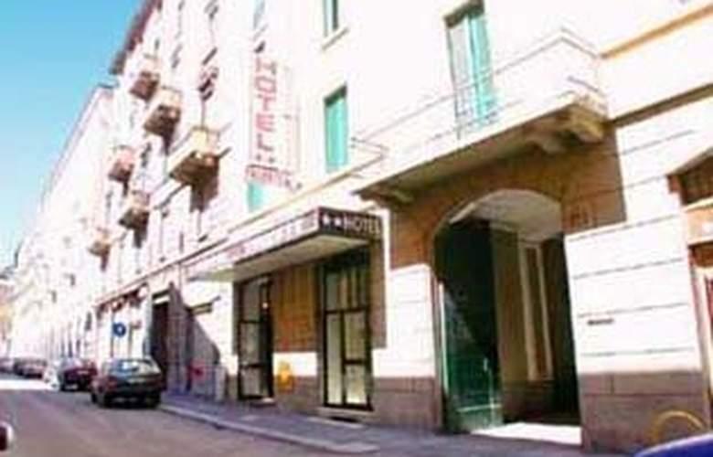 Trieste - Hotel - 0