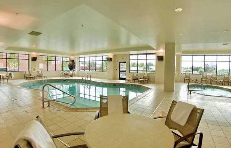Embassy Suites Anchorage - Hotel - 2
