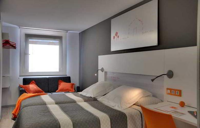 Bed4u Pamplona - Room - 10