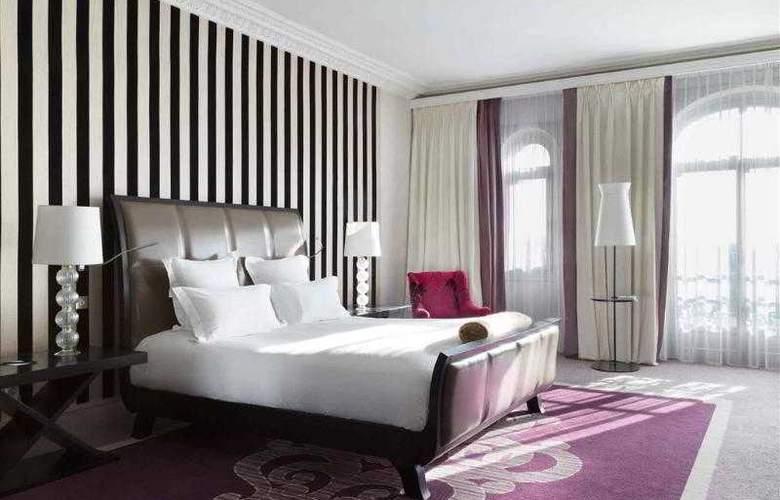 Le Grand Hôtel Cabourg - Hotel - 29