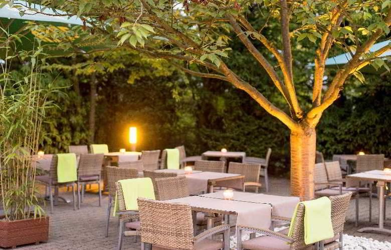 Park Inn by Radisson Hamburg Nord - Terrace - 20