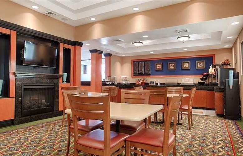 Best Western New Englander - Restaurant - 63