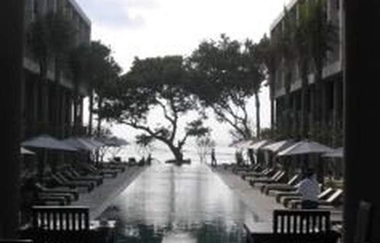 The Oasis Beach - Pool - 7