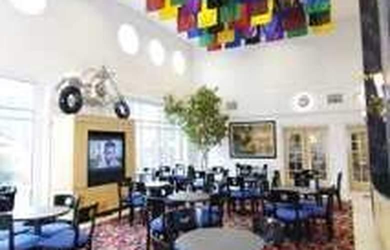Hampton Inn & Suites Mooresville - Restaurant - 3