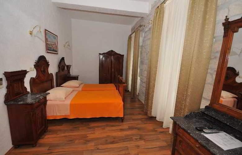 Palace Derossi - Room - 10