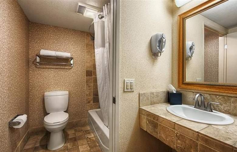 Best Western Plus Laguna Brisas Spa Hotel - Room - 40