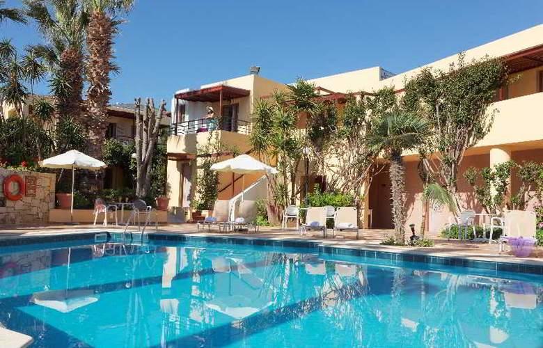 Latania Studios & Apartments - Pool - 21