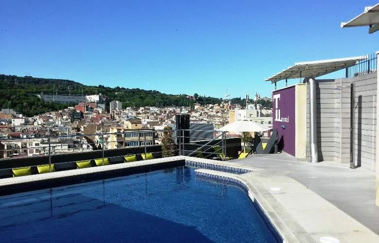Barcelona Universal - Pool - 62