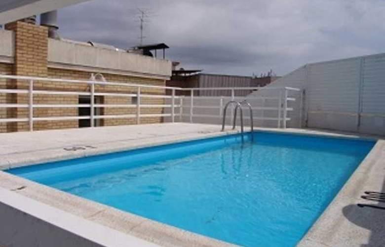 Santi Apartamentos - Pool - 2