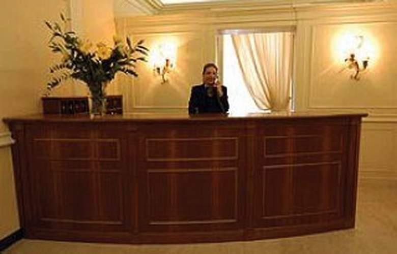 Aberdeen - Hotel - 0