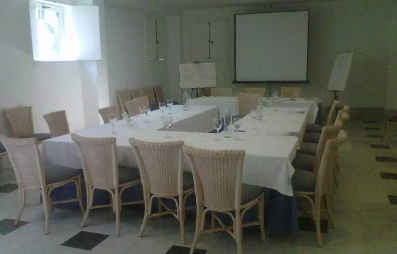 Dona Pakyta - Conference - 12