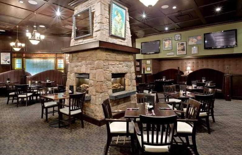 Holiday Inn Vancouver Airport-Richmond - Restaurant - 27