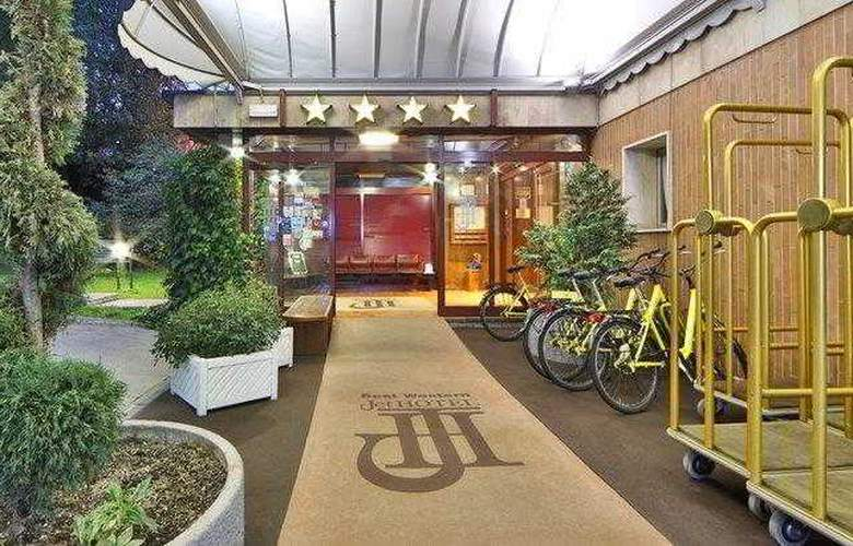 Best Western Jet Hotel - Hotel - 17