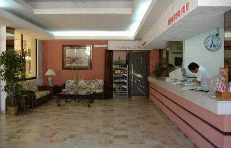 Del Paseo - Hotel - 0