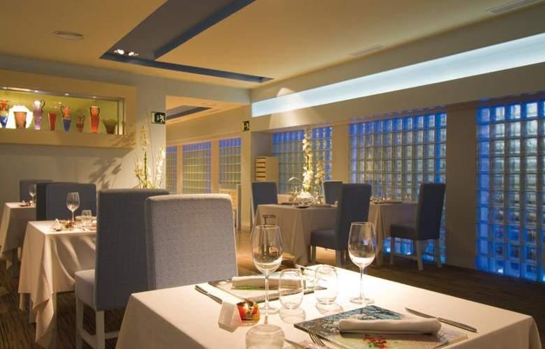 Hotel Riu Palace Oasis - Restaurant - 22