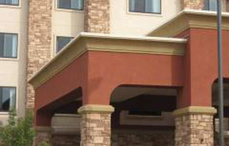 Hampton Inn & Suites Folsom - General - 1