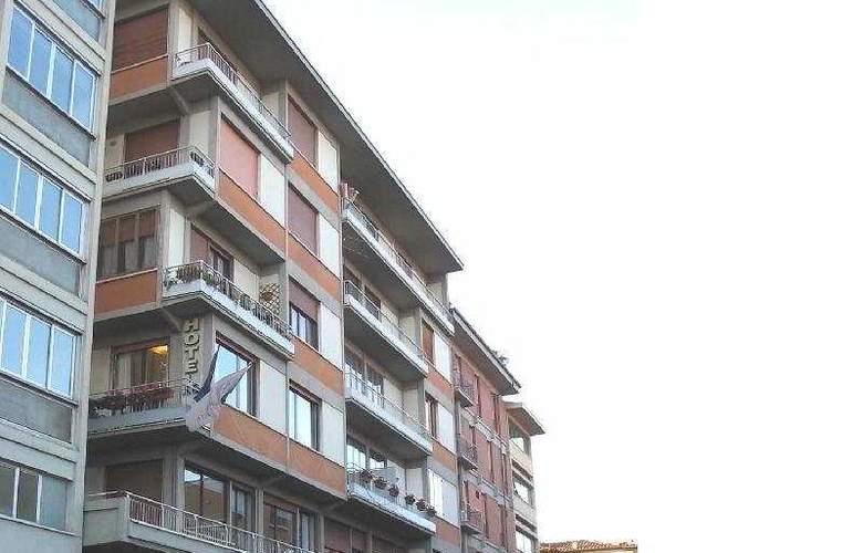 Arcadia - Hotel - 0