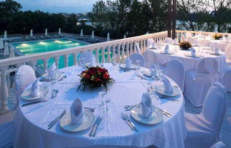 Margarona Royal - Terrace - 7