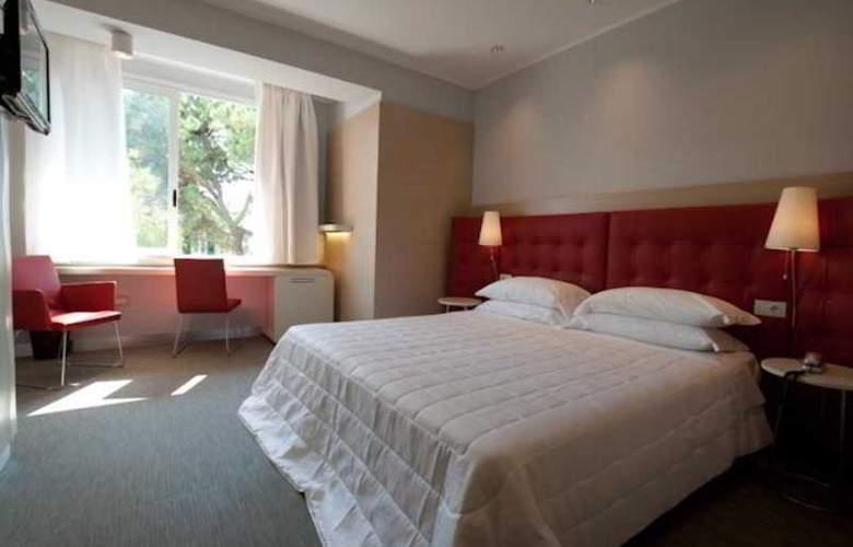 Park Hotel Suisse - Room - 9