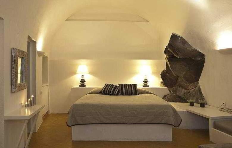 Honey Moon Villas - Room - 3