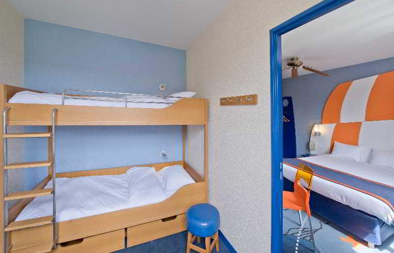 Explorers At Disneyland Paris - Room - 16