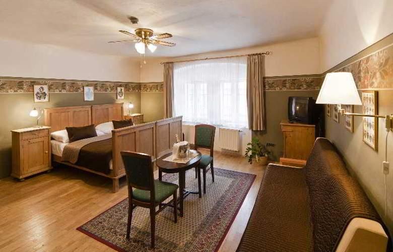 Archibald at the Charles Bridge Hotel - Room - 5