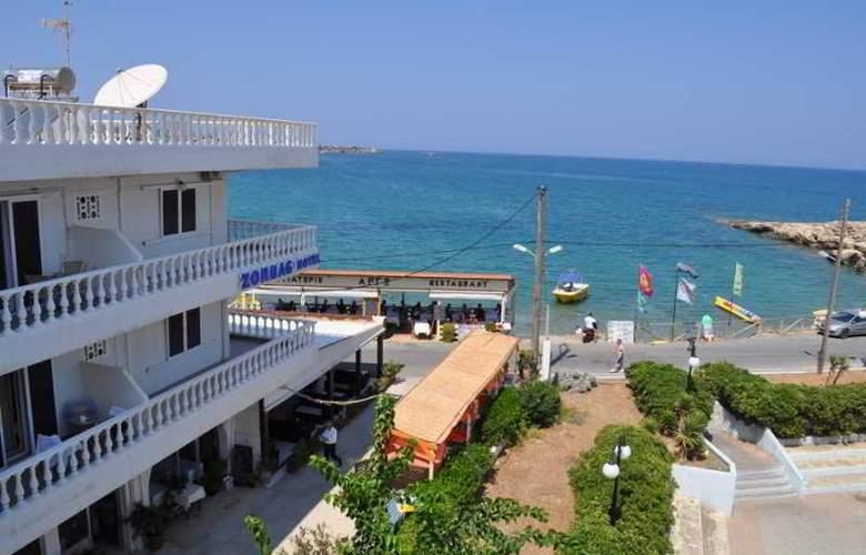 Zorbas - Hotel - 0