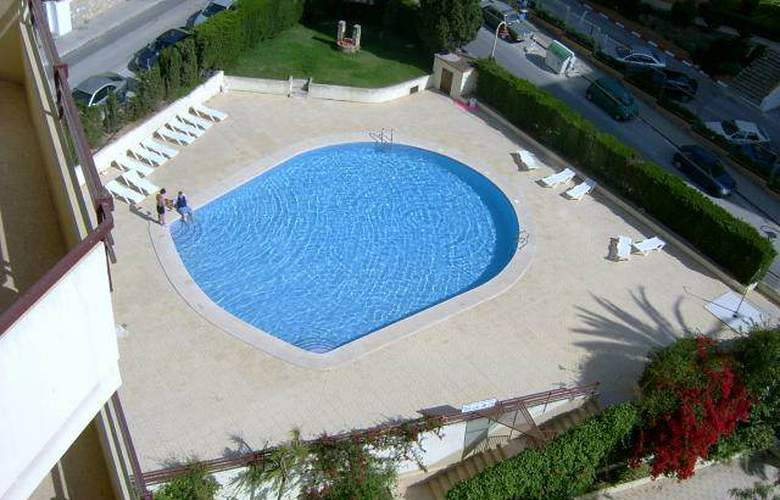 Europa Center - Pool - 5