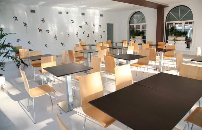 Evenia Monte Real - Restaurant - 10