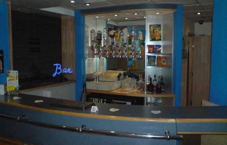 Days Inn Donington - Hotel - 0