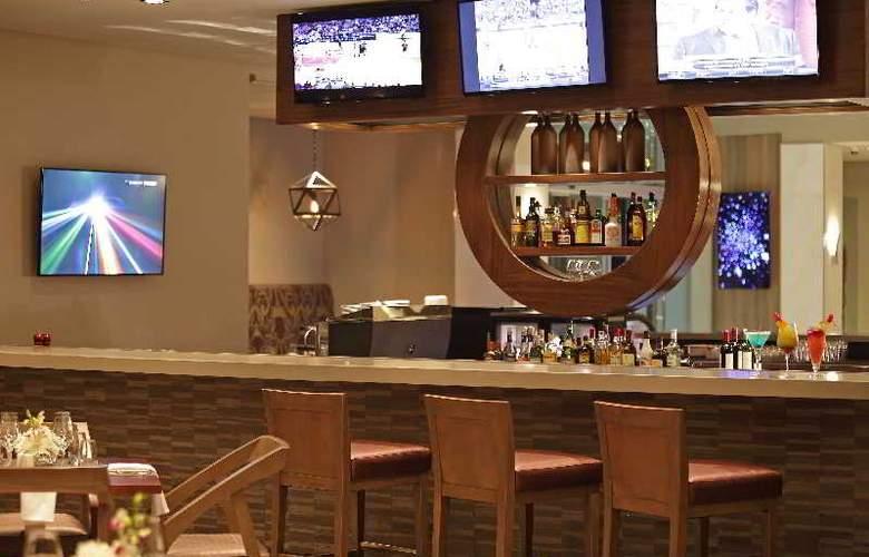 Crowne Plaza Panama Airport - Bar - 4