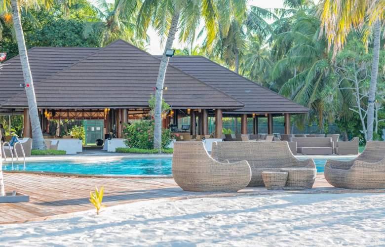 Palm Beach Resort & Spa Maldives - Bar - 4