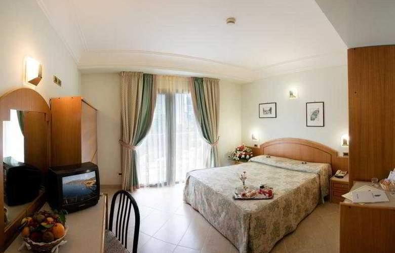 Comfort Hotel Gardenia Sorrento Coast - Room - 3