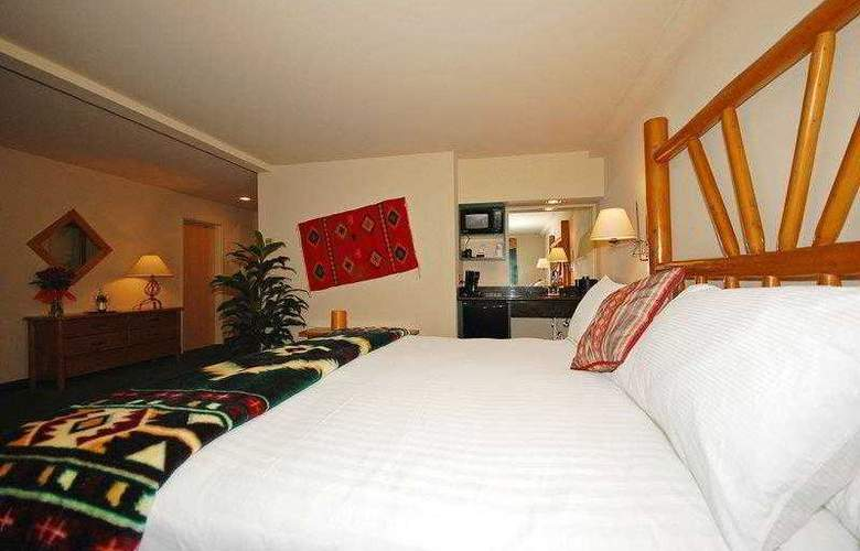 Best Western Plus Kentwood Lodge - Hotel - 30