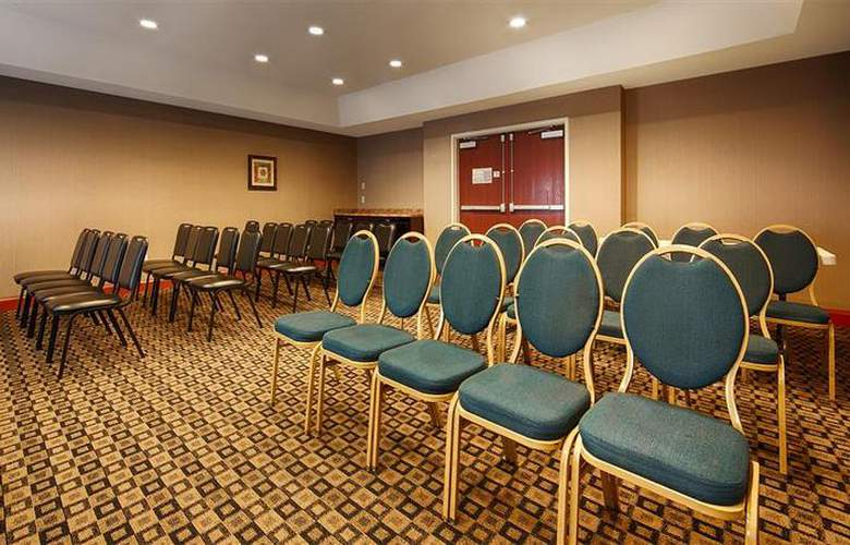Best Western Mountain Villa Inn & Suites - Conference - 32