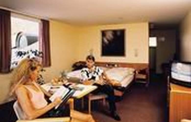 Waldegg - Hotel - 0