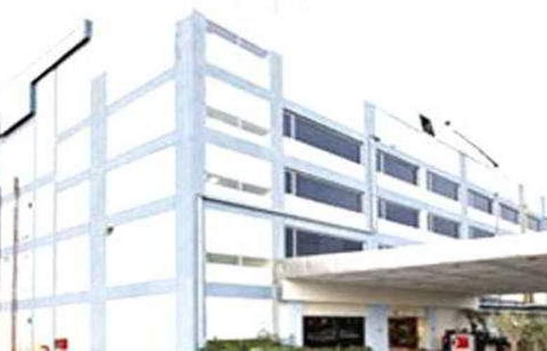 Clarks Inn Pacific Mall Sahibabad - Hotel - 4