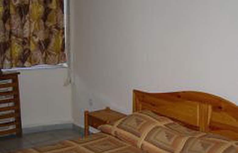 Santa Marina - Room - 1