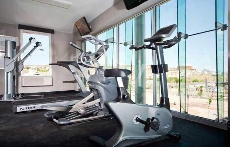 Hotel Ramada Encore Chihuahua - Sport - 7