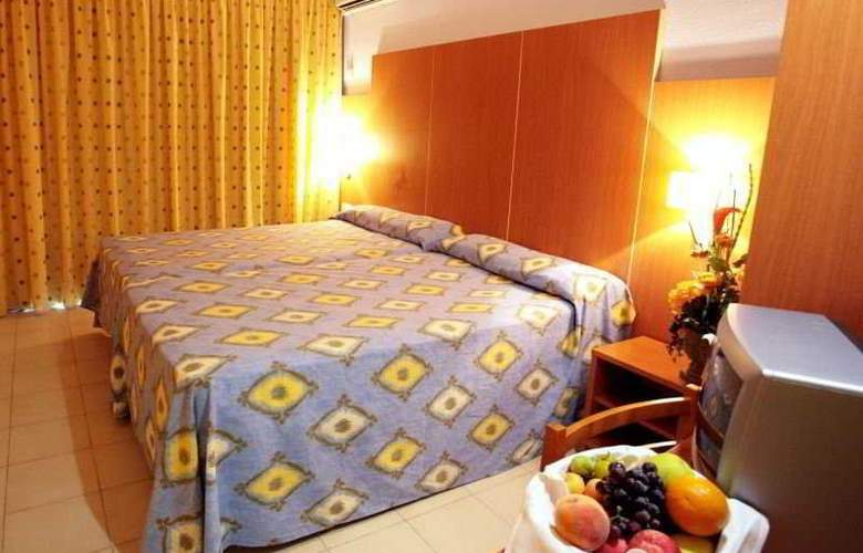 Eurosalou - Room - 11