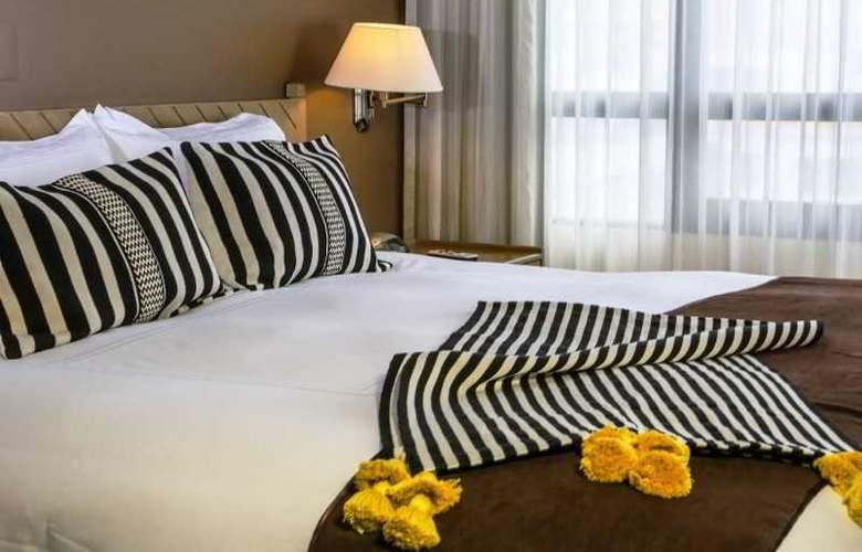 Jose Antonio Lima - Room - 1