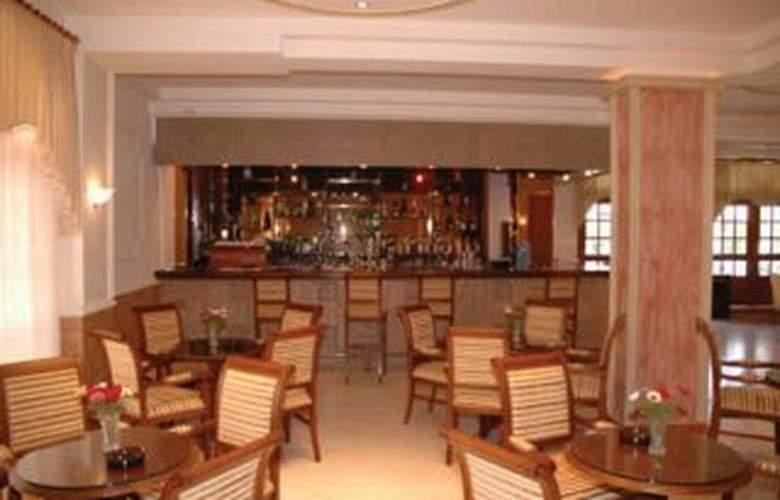 Gemini Hotel - Bar - 6