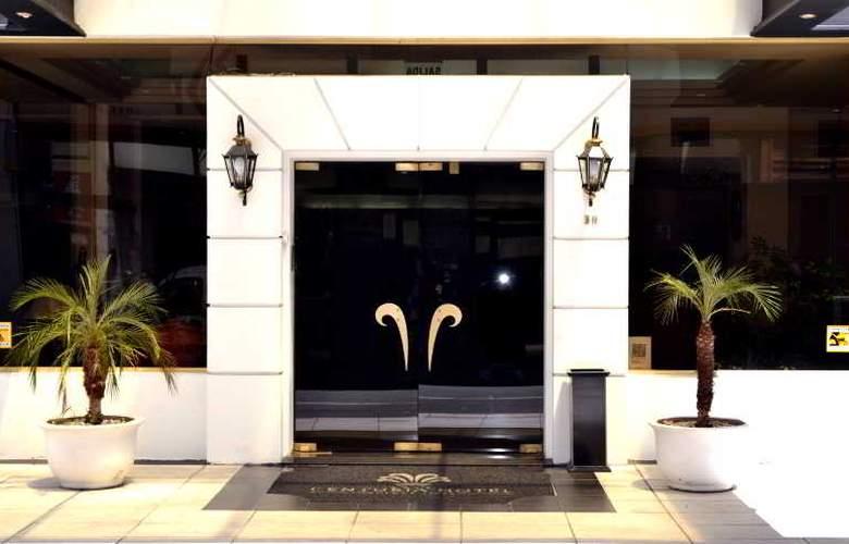 Centuria - Hotel - 0