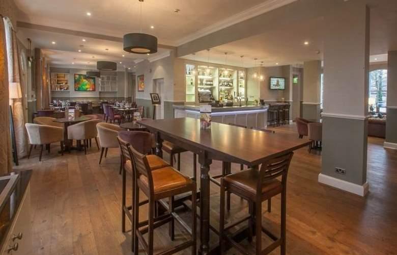 Hallmark Hotel London Chigwell Prince Regent - Bar - 10