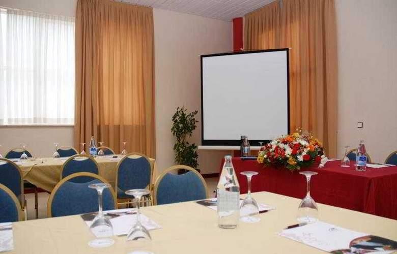 JM Jardin de la Reina - Conference - 7