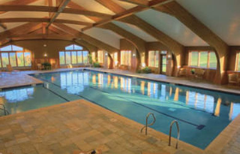Trapp Family Lodge - Pool - 5