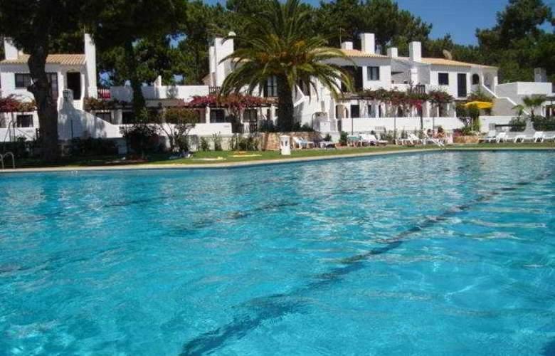 Apartamentos Honório - Pool - 4