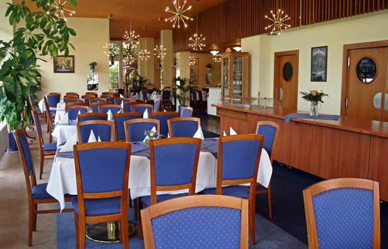 Ilf - Restaurant - 3
