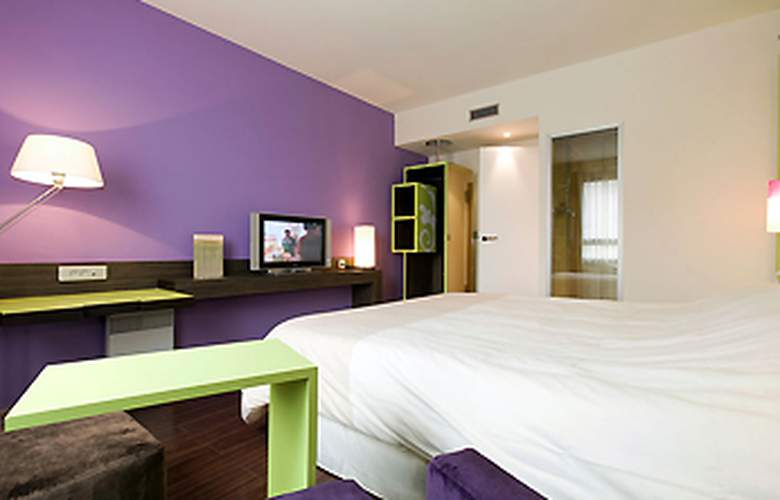 Ibis Styles Evry Cathédrale - Room - 12